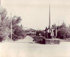 Памятник испытателям ЗРК «Даль»
